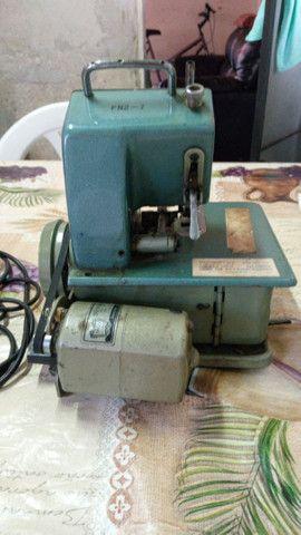 Overloque/ Máquina de costura - Foto 2