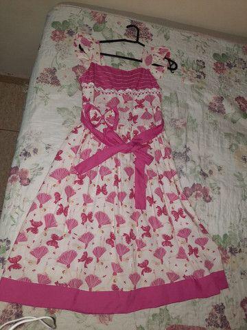 Vende-se vestido nunca usado