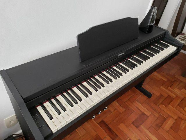 Piano Digital Roland Rp102  Preto 88 Teclas1 - Foto 2