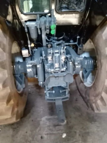 Trator Valtra BM 110 - Foto 2