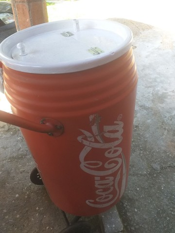 Cooler antigo De praia Coca cola anos 80 - Foto 2