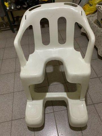Cadeira de rodas em PVC - Foto 4