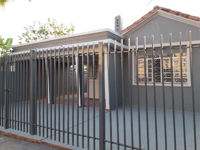 Vendo 2 casas na área central de Campo Grande - Foto 2