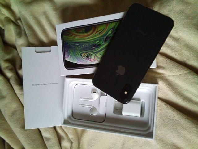 IPhone XS 64 gb cinza espacial