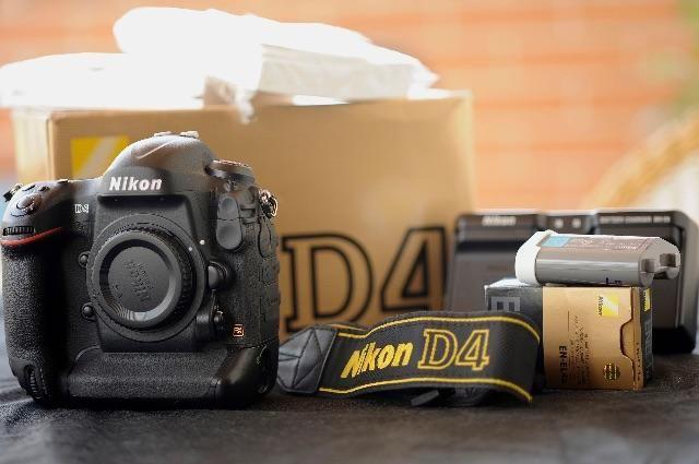 Nikon D4 a mais nova do Brasil apenas 5 mil clicks