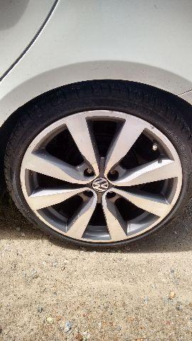 Roda 17 vw com pneus