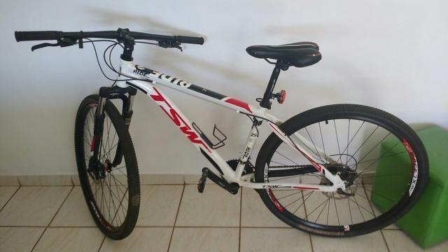Bicicleta TSW Ride, tamanho 17, Aro 29, Grupo Shimano Tourney,
