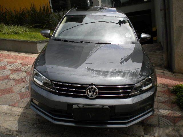 Vw - Volkswagen Jetta Highline Premium