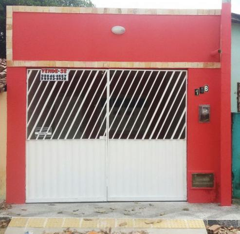 Casa 2/4 no bairro Planalto