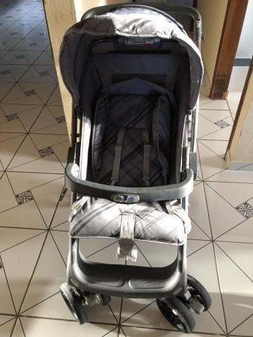 Carrinho burigoto At6 + bebê conforto
