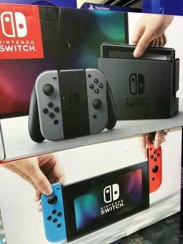 Nintendo Switch Padrão ou Neon - (Lacrado à Pronta Entrega)