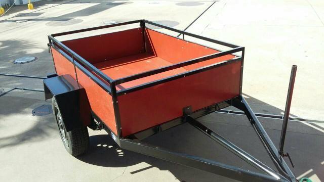 Reboque para carga até 500 kg