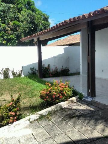 Casa 4/4 + dep, cond. Bernardo Oticica, J. Petrópolis