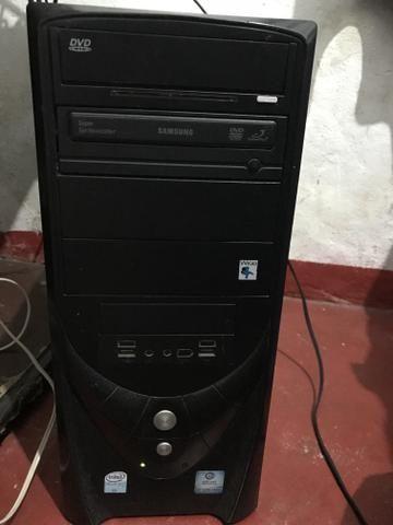 Vendo PC wifi completo ou troco por notebook negocio