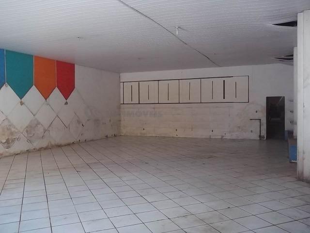 Lojão com Área de 180 m² para Aluguel no Caminho de Areia (767904) - Foto 4