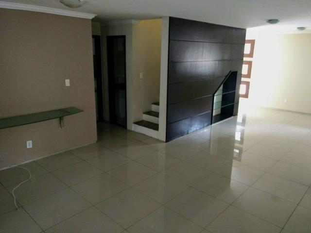 Casa de Condomínio Duplex/ Olho D'água/ 1 suíte e 2 semí-suítes/ nascente - Foto 6