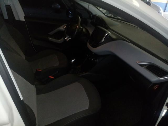 Peugeot 208 Allure com Teto - Foto 8