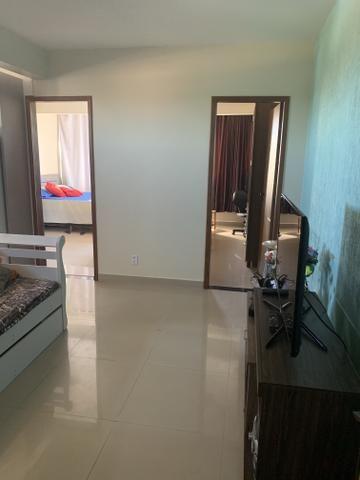 Apartamento de 2 qts, porcelanato em excelente localização do Setor de Mansões de Sobr - Foto 3