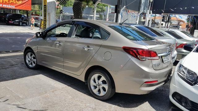 Df$* Hyundai HB20S Premium 1.6 Automático 2017 - Baixo Km e Único Dono - Foto 2