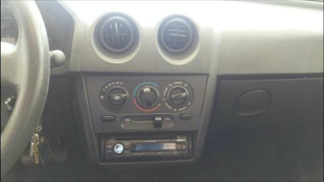 Celta 2011 VHC-e 3800 a baixo tabela - Foto 8