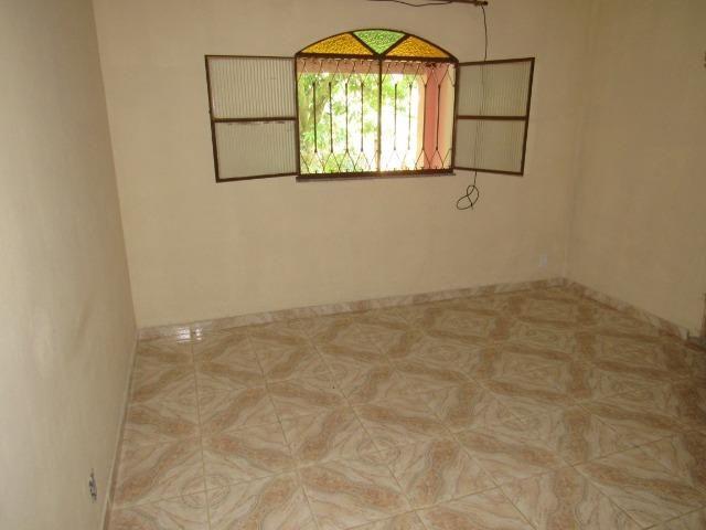 Caetano Imóveis - Sítio com 3.000m², com casa sede de 3 quartos e muito verde (confira!) - Foto 7