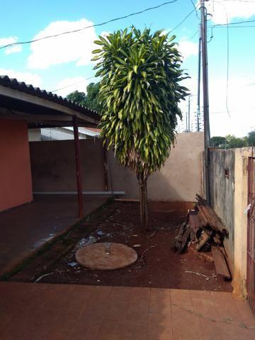Casa em amplo terreno com edícula nos fundos e poço artesiano - Foto 2
