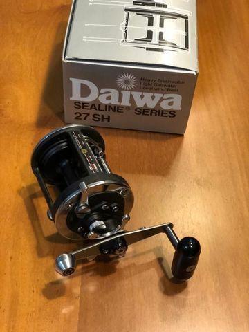 Carretilha Daiwa Sealine 27 SH Nova na Caixa - Foto 3