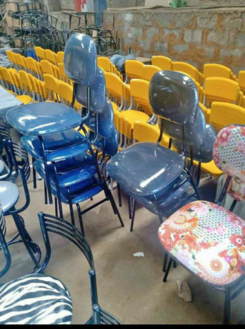 Cadeiras estofadas  3/4  - Foto 4