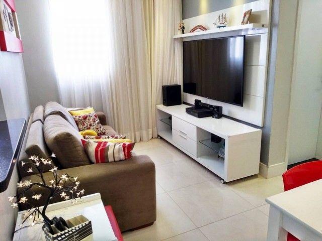 OPORTUNIDADE - Lindo apartamento 2 quartos com suíte - Armários planejados em Abrantes, Ca - Foto 2