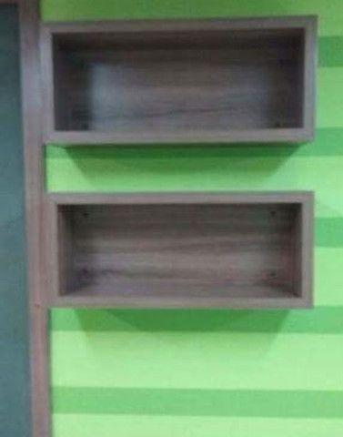 Balcão expositor em madeira e toda estrutura - Foto 5