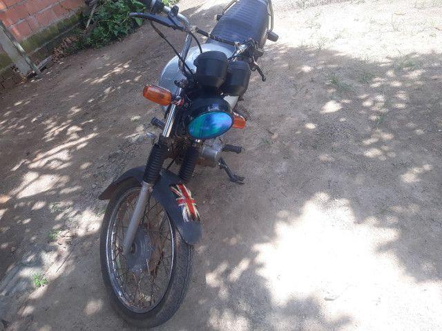 Tem uma moto para vender 125 ano 2008