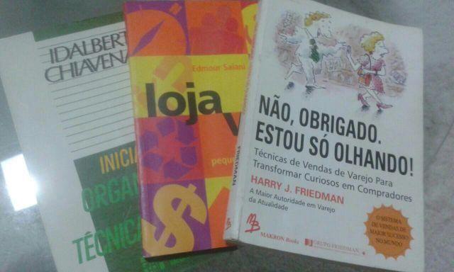 Kit de Livros Comerciais