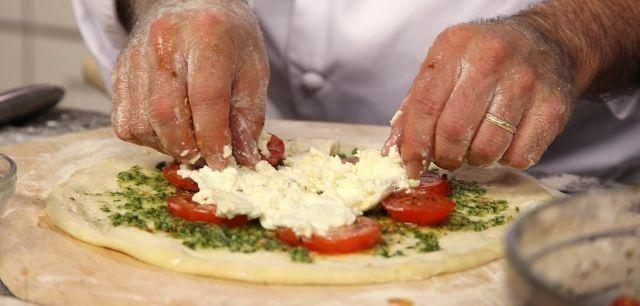Precisa-se de Pizzaiolo com Experiencia