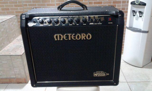 Amplificador de Guitarra: Meteoro Nitrous 100G