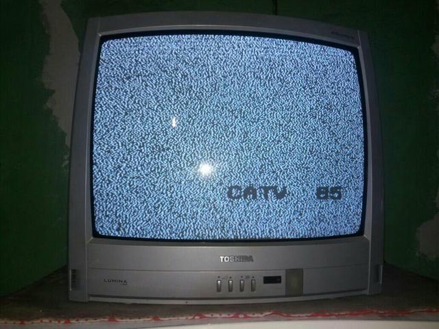 Tv 20 polegadas, semp toshiba (serra)