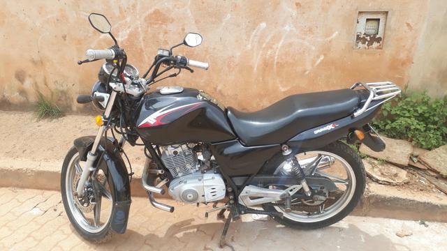 Moto Suzuki zerada