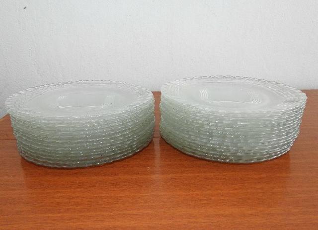 Pratos de Vidro