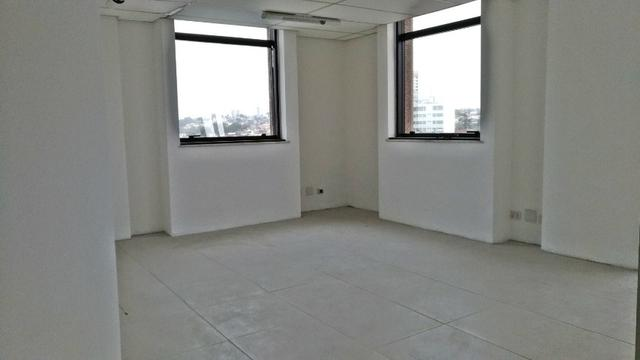 Sala Comercia 70 m²/ Ed. Helbor Tower/Centro - Foto 6