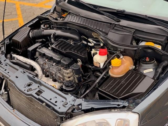 Corsa Sed. Premium 1.4 8V ECONOFLEX 4p - Foto 8