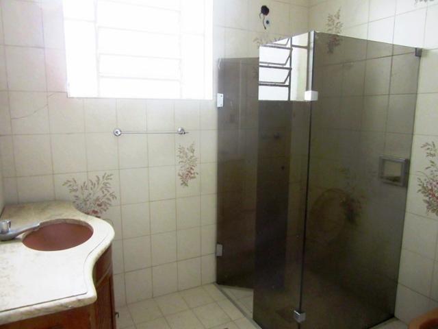 Casa ampla c/ habitese no p. eustáquio, próx. a nino. 04 vgs livres, 04 qts, 03 banhos. - Foto 13