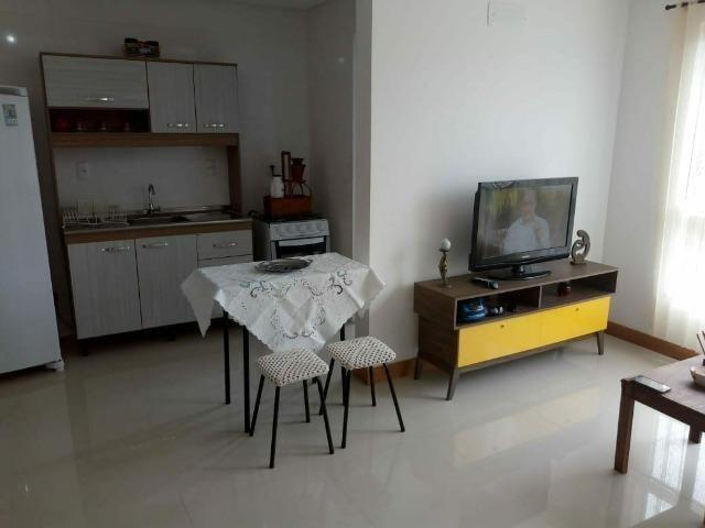 Apartamento 1 dormitório aluguel temporada em Tramandaí. wats
