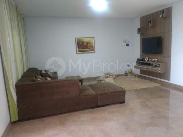 Casa sobrado com 6 quartos - Bairro Setor Central em Palmeiras de Goiás - Foto 4