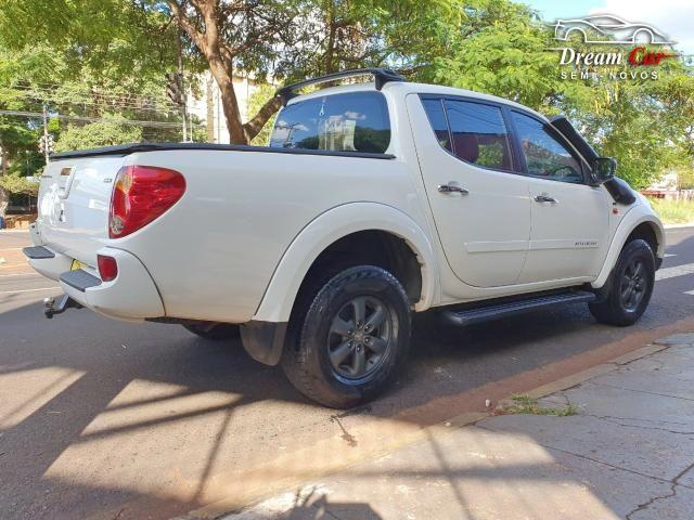 Mitsubishi L200 Triton 3.5 HPE 4x4 CD Flex automático IPVA pago 2013 - Foto 8