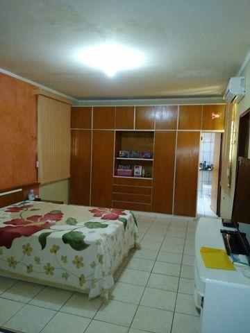 Excelente e ampla casa 3 suits e piscina Proximo a Faculdades, e comercio e Hospital - Foto 17