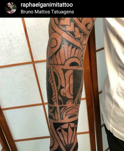 Tatuador aprendiz