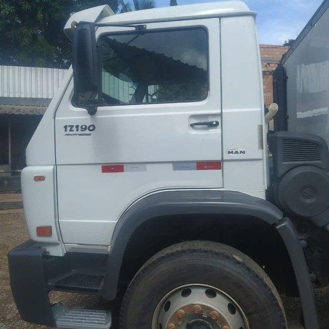 Vende-se  caminhão 17-190  - Foto 2