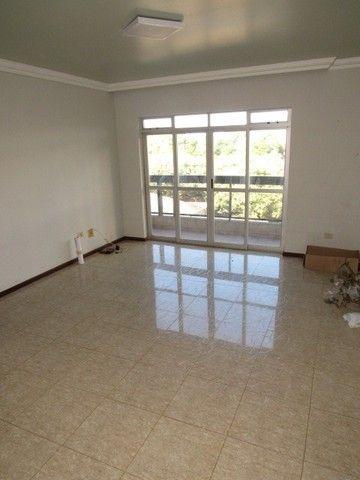 Apartamento para alugar com 3 dormitórios em Zona 07, Maringa cod:04174.001 - Foto 2
