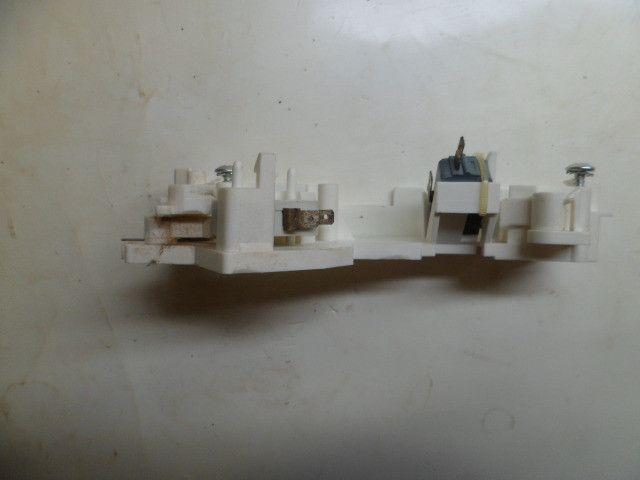 Suporte das microchaves para o microondas consul cms-25abhna - Foto 6