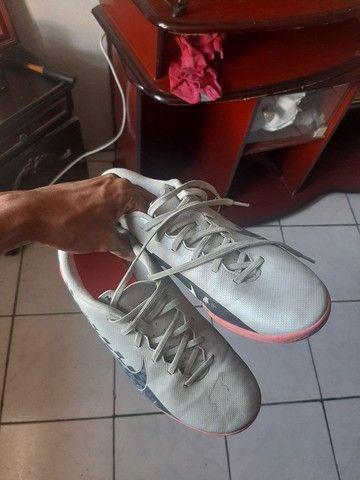 Chuteira Nike 38