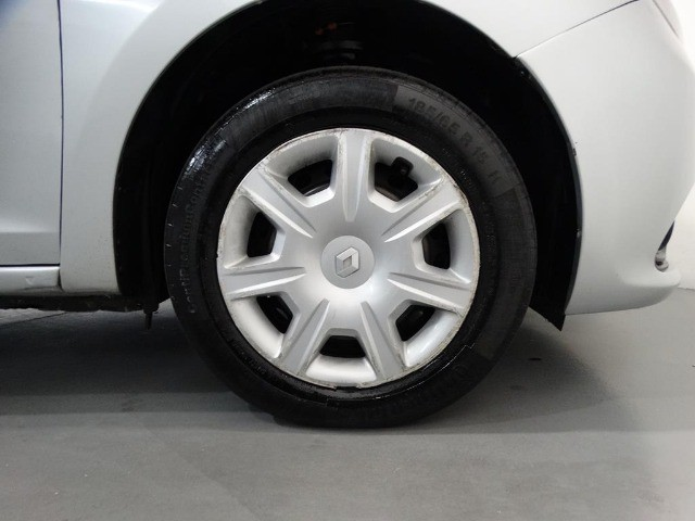 Renault Logan Expression 1.6 Flex Prata - Foto 10